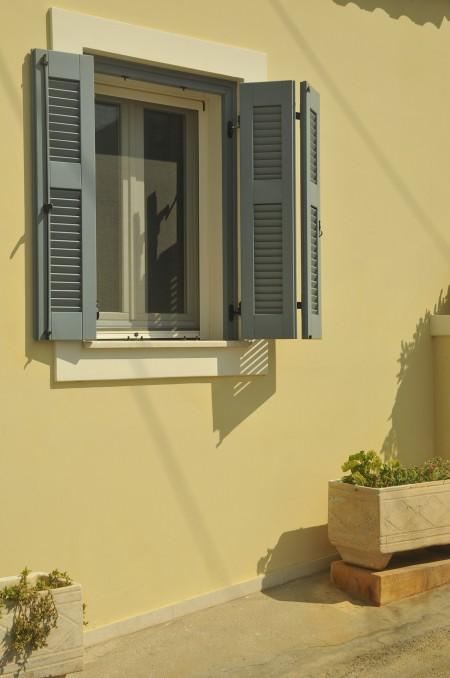 Tamplarie lemn | Usi Interior Exterior Lemn | Ferestre Lemn | Obloane Lemn - _DSC2055