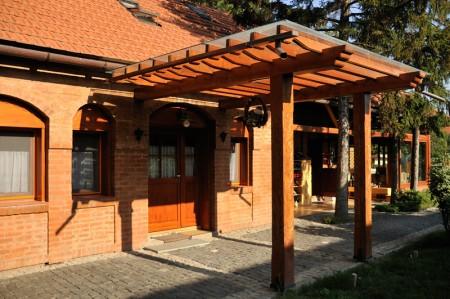 Tamplarie lemn | Usi Interior Exterior Lemn | Ferestre Lemn | Obloane Lemn - amenajari8