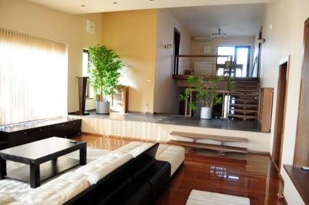 Tamplarie lemn | Usi Interior Exterior Lemn | Ferestre Lemn | Obloane Lemn - ansamblu-interior01_resize-1000x664