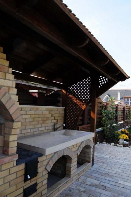 Tamplarie lemn | Usi Interior Exterior Lemn | Ferestre Lemn | Obloane Lemn - bbq05_resize-531x800