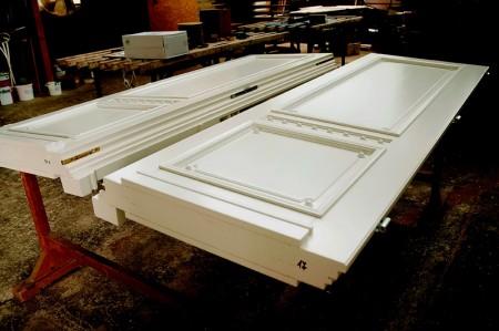 Tamplarie lemn | Usi Interior Exterior Lemn | Ferestre Lemn | Obloane Lemn - fabricare-usa-alba