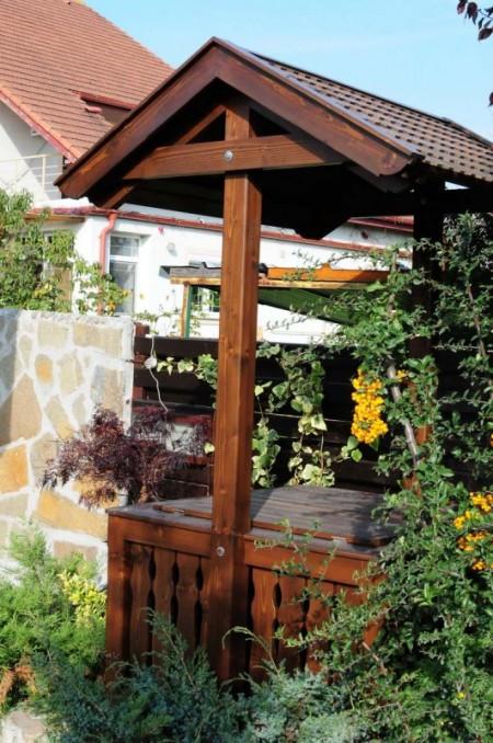 Tamplarie lemn | Usi Interior Exterior Lemn | Ferestre Lemn | Obloane Lemn - fantana03_resize1-531x800