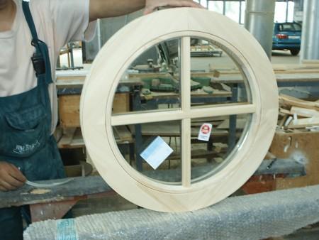 Tamplarie lemn | Usi Interior Exterior Lemn | Ferestre Lemn | Obloane Lemn - ferestre13