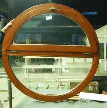 Tamplarie lemn | Usi Interior Exterior Lemn | Ferestre Lemn | Obloane Lemn - ferestre14