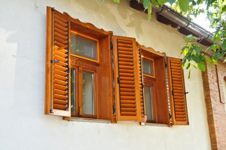 Tamplarie lemn | Usi Interior Exterior Lemn | Ferestre Lemn | Obloane Lemn - ferestre15