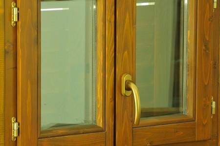 Tamplarie lemn | Usi Interior Exterior Lemn | Ferestre Lemn | Obloane Lemn - ferestre2_5