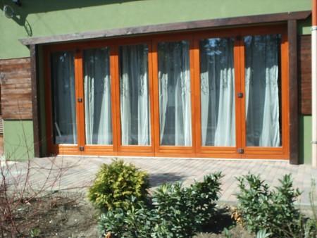 Tamplarie lemn | Usi Interior Exterior Lemn | Ferestre Lemn | Obloane Lemn - ferestre8