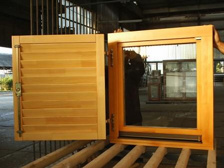Tamplarie lemn | Usi Interior Exterior Lemn | Ferestre Lemn | Obloane Lemn - ferestre9