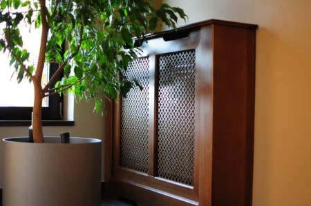 Tamplarie lemn | Usi Interior Exterior Lemn | Ferestre Lemn | Obloane Lemn - masca-calorifer01_resize1-1000x664