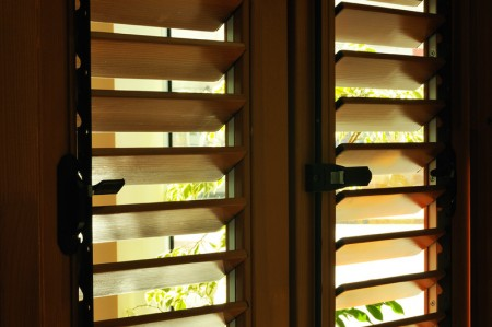Tamplarie lemn | Usi Interior Exterior Lemn | Ferestre Lemn | Obloane Lemn - obloane-timisoara2