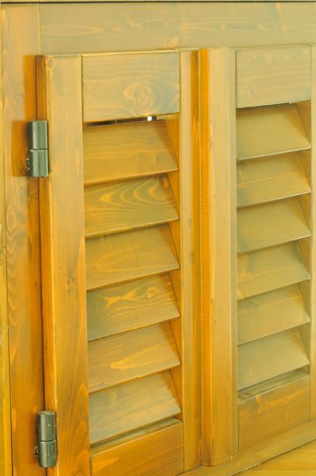 Tamplarie lemn | Usi Interior Exterior Lemn | Ferestre Lemn | Obloane Lemn - obloane-timisoara7