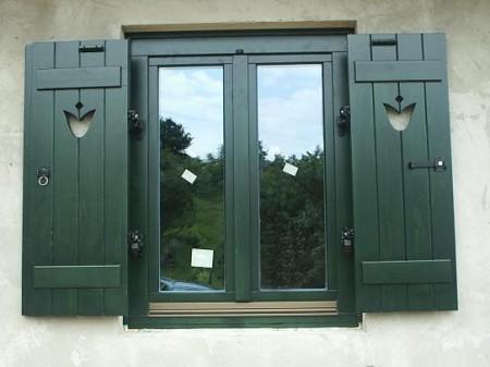 Tamplarie lemn | Usi Interior Exterior Lemn | Ferestre Lemn | Obloane Lemn - obloane1