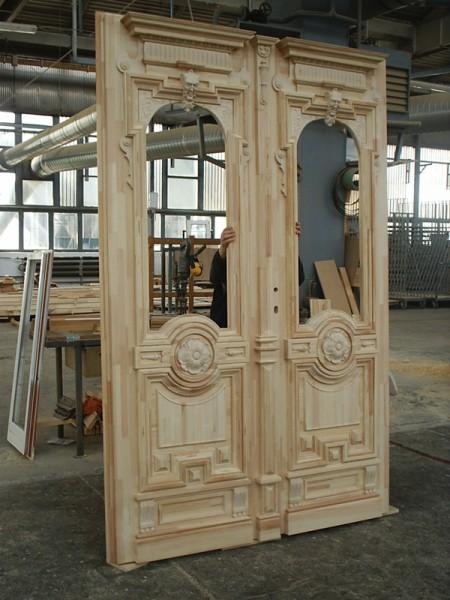 Tamplarie lemn | Usi Interior Exterior Lemn | Ferestre Lemn | Obloane Lemn - reconstituire-tamplarie10
