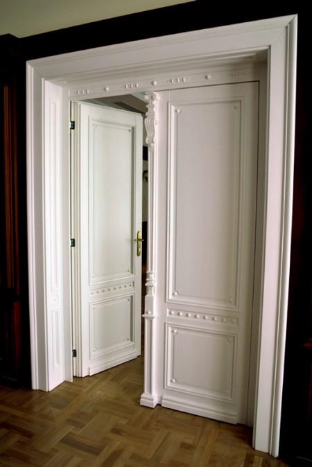 Tamplarie lemn | Usi Interior Exterior Lemn | Ferestre Lemn | Obloane Lemn - reconstituire-tamplariet9