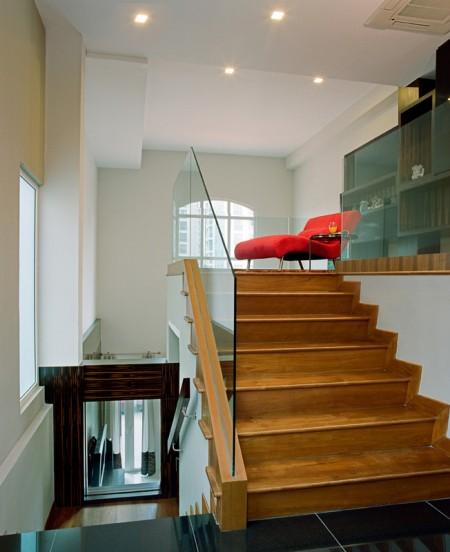 Tamplarie lemn | Usi Interior Exterior Lemn | Ferestre Lemn | Obloane Lemn - scara