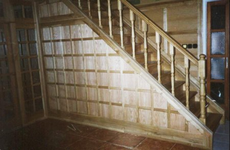 Tamplarie lemn | Usi Interior Exterior Lemn | Ferestre Lemn | Obloane Lemn - scari-interioare10