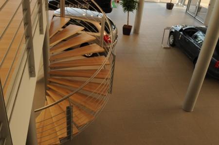 Tamplarie lemn | Usi Interior Exterior Lemn | Ferestre Lemn | Obloane Lemn - scari-interioare2