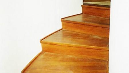 Tamplarie lemn | Usi Interior Exterior Lemn | Ferestre Lemn | Obloane Lemn - scari-interioare8