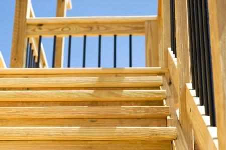 Tamplarie lemn | Usi Interior Exterior Lemn | Ferestre Lemn | Obloane Lemn - trepte2