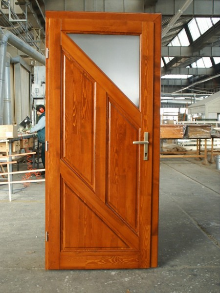 Tamplarie lemn | Usi Interior Exterior Lemn | Ferestre Lemn | Obloane Lemn - usa7