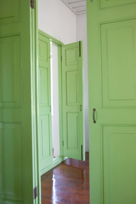 Tamplarie lemn | Usi Interior Exterior Lemn | Ferestre Lemn | Obloane Lemn - usi-verzi